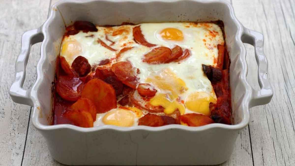 Ce délicieux gratin de pommes de terre à l'Espagnol agrémenté de chorizo tomate et œuf !