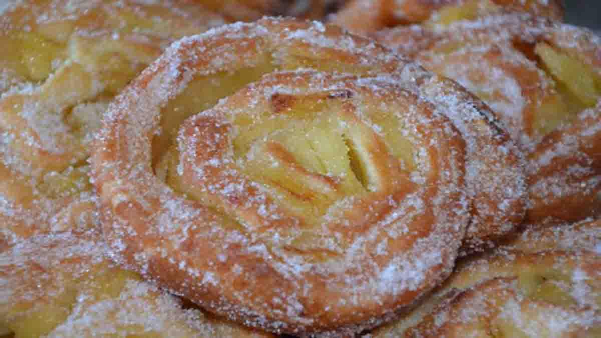 Découvrez la recette très simple de nos savoureux beignets escargots aux pommes bien moelleux