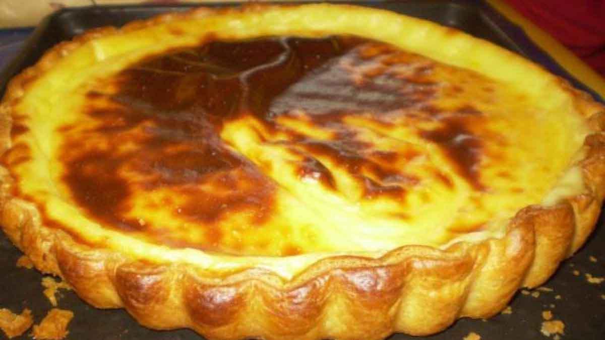 Voici la traditionnelle recette de grand-mère de notre tarte au flan